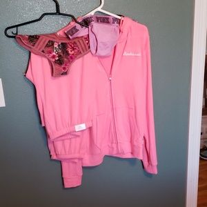 NWT Victoria's secret 4 piece set